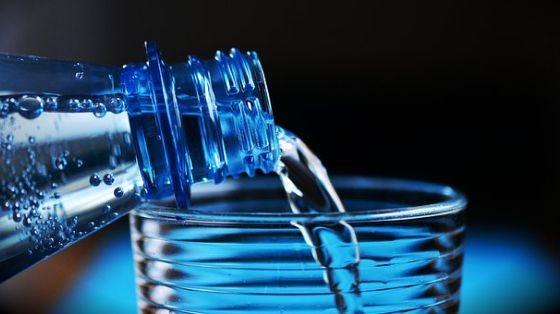 Acqua gasata